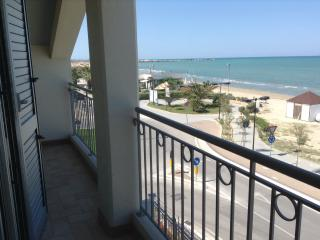Appartement neuf,à 6 m de la plage,vue imprenable, Giulianova