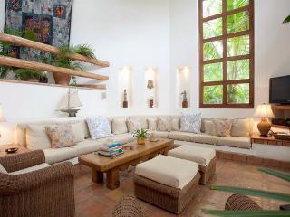 Casa Whitley....An Elegant Mexican Villa