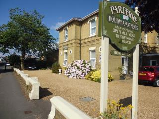 Parterre Apartment 3, Sandown