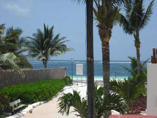 Beach Condos (2 units), 4 bedroom, pool, in town, steps to the beach