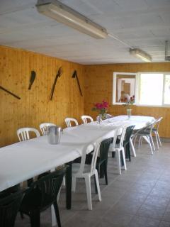 garage ou l'on peut manger l'été