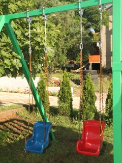 Private Children Playground - Maki Apartments