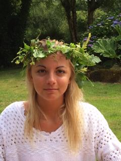 Why not turn yourself into a garden nymph with a hedgerow headdress?