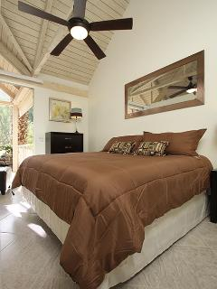 Bedroom w/Brand New King size Bed. Sliding door with Mountain View.