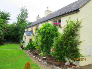 Court cottage. Courtmatrix, Adare