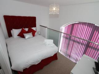 1st floor Luxury bedroom with Double bed
