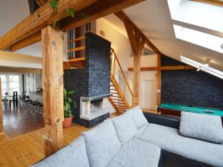 Attic Josefov - Superior four bedroom apartment, Praga