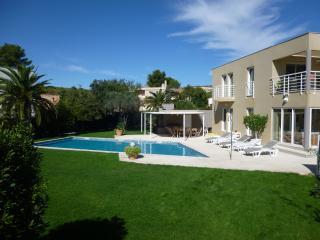 Villa Canari, Bouches-du-Rhone