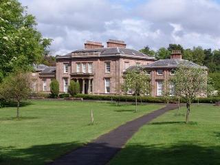 Flat in period building situated in Glasgow park, North Lanarkshire