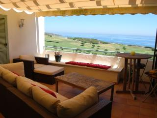 Golf + Beach Vista Real Apt, Alcaidesa