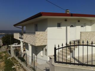 Two room apartment, Gornji Karin