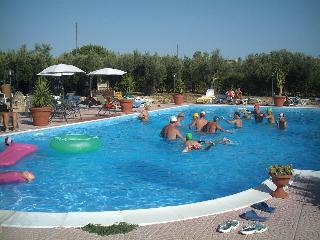 Bouganville case vacanza bilocale arredato+piscina