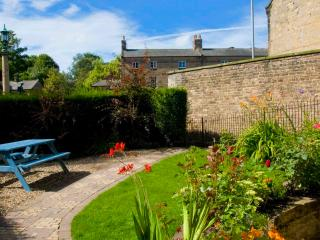 The Airman's Watch: Beautiful VisitEngland 4* with Cottage Garden, Alnwick
