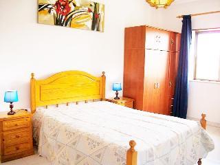 Cheap Rental Apartment in Quarteira Algarve