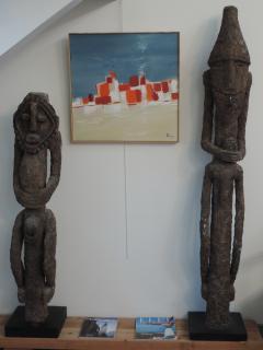 Une déco personnelle : sculptures africaines en béton cellulaire et huile sur toile: village du sud
