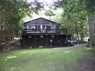 Adirondacks 3 bdrm lakefront camp with sand beach