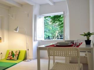 Flower Suite, Lisbon