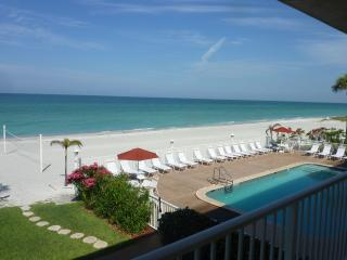 Spacious Gulf Front beach condo on Longboat Key