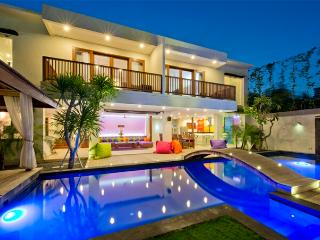 Villa True Colors, 6 Bedrooms, Seminyak
