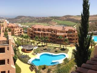 Modern La Cala Apartment with Fantastic Views, La Cala de Mijas
