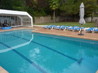 Casa Verde, minutes from Sitges, splendid house, Canyelles