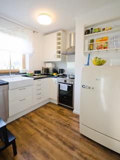 Küche mit Marken Haushaltsgeräten