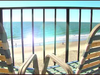 OCEAN FRONT 2 BEDROOM SUITE CONDO JUST FOR YOU