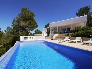 Villa mit Aussicht auf das Meer, Ibiza