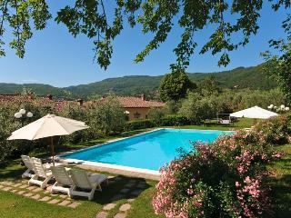 Villa il Castellaccio in Greve in Chianti Flat #4