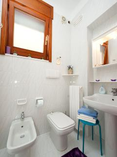 Azzurra and Viola shared bathroom (shower on the left)