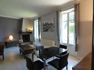 Charming 2 bedrooms quite area Cannes PIERVAL