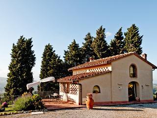 Villa Il Colle di Sotto - a Charming Tuscan Barn