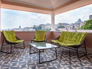 Penthouse Sea view  in Cukur Cuma, Estambul