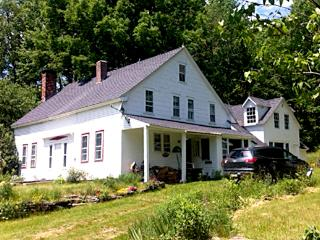 PARADISE on EARTH! - Historic 4BR Farmhouse, West Halifax