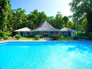Frangipani: Historic Prospect Estate Luxury Villa, Ocho Rios