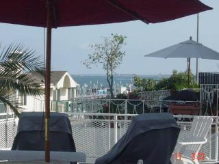 Casa Blanca Oceanfront Duplex Belmont Shore