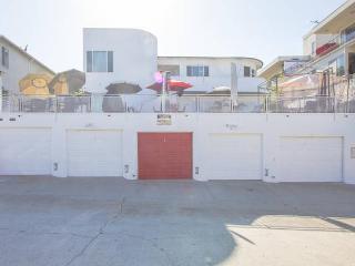 Casa Blanca Oceanfront Duplex Belmont Shore, Long Beach