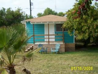 Sea & Sand Cottages 1 Bedroom Cottage Full Kitchen, Port Aransas