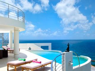 Sky Blue at Dawn Beach Estates, Saint Maarten - Ocean View, Pool
