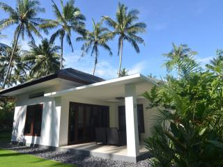 Explore Lombok from your Villa for 2+