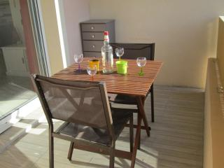 2 Bed Apart in Residence - Pool and Parking/Agde