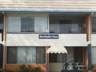 Holiday Rental Tugun - Unit 6 Blue Pacific Place