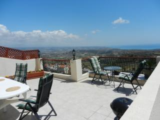 Far View, Pissouri