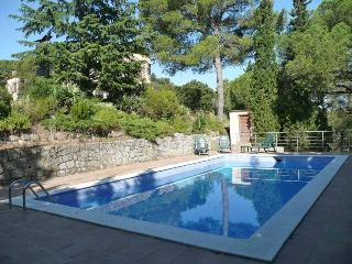 Villa near Barcelona: 9BR & 6BA, pool, A/C, views!
