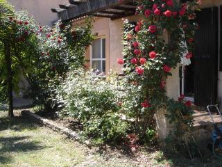 Small Provencal Villa Aix-en-Provence LeTholonet, Le Tholonet