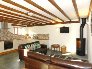 Millers cottage- living area with leather sofas
