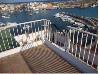 APARTMENT PORT, Lampedusa
