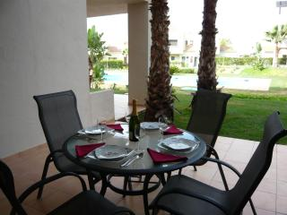Garden Apartment, Roda Golf