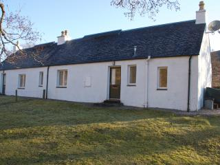 West Bothy with wood-burning stove to warm you, Lochcarron