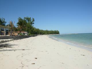 Cozy Sea Breeze Cottage Andros Bahamas
